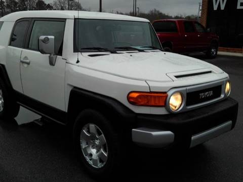 Toyota fj cruiser for sale in alabama for Young motors boaz al