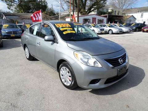 2014 Nissan Versa for sale at David Morgin Credit in Houston TX