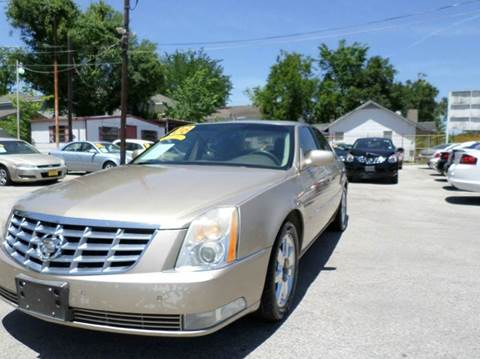 2006 Cadillac DTS for sale at David Morgin Credit in Houston TX