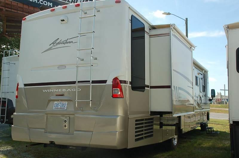 2004 Winnebago Adventurer 37B for sale at Vehicle Network, LLC - S & M Wheelestate Sales Inc in Princeton NC