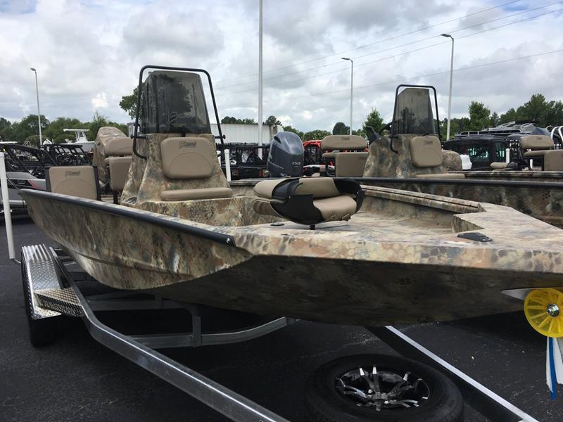 2017 Excel 203 BAY PRO for sale at Vehicle Network, LLC - Performance East, INC. in Goldsboro NC