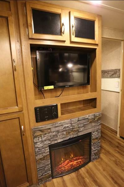 2018 Coachmen Catalina Legacy 243RBS for sale at Vehicle Network, LLC - S & M Wheelestate Sales Inc in Princeton NC