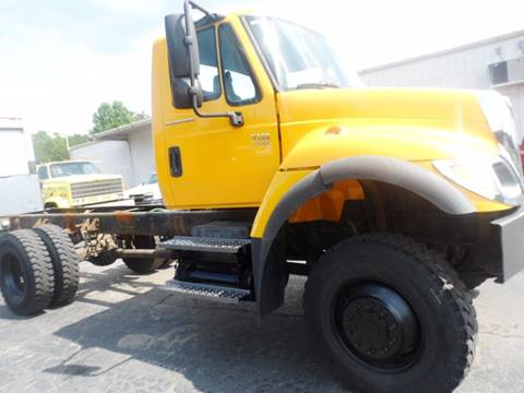 2006 CHEVROLET 7300 for sale at Vehicle Network, LLC - The Truck Connection in Albemarle NC