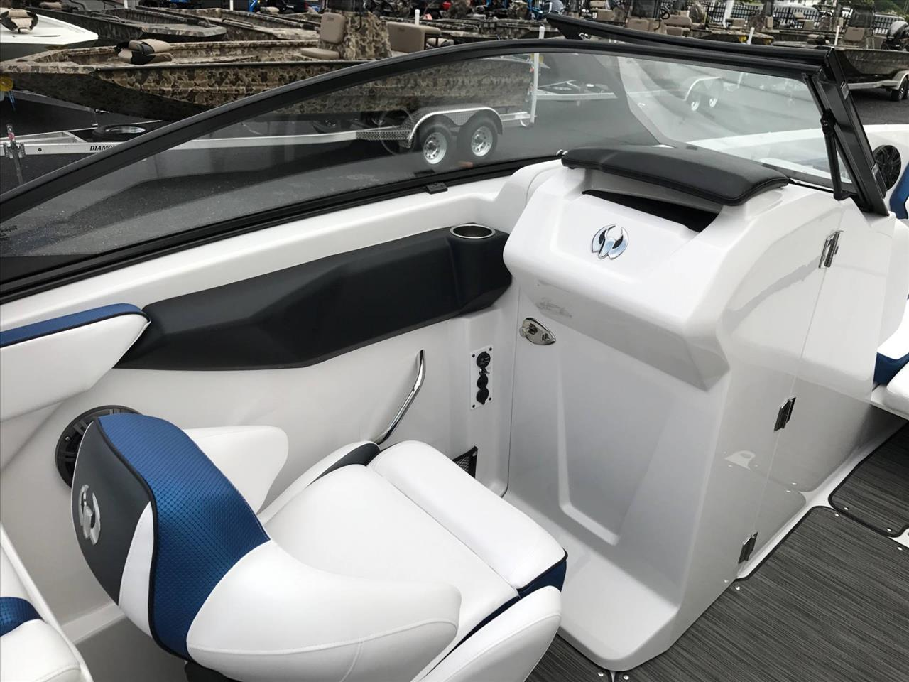 2018 Scarab 255 for sale at Vehicle Network, LLC - Performance East, INC. in Goldsboro NC