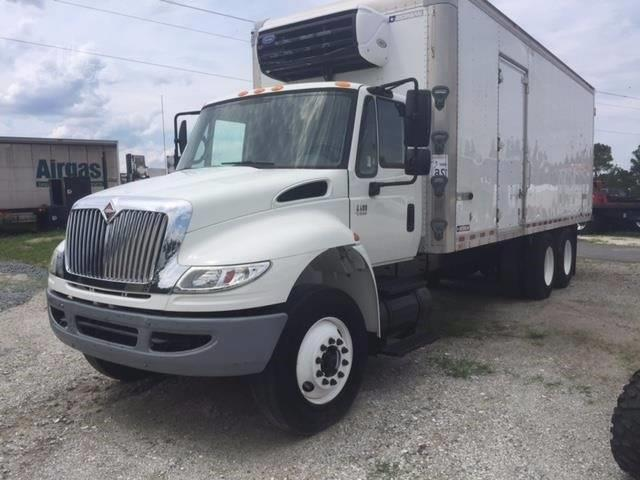 2007 International 4400 for sale at Vehicle Network, LLC - Phelps Truck Sales in Wilmington NC