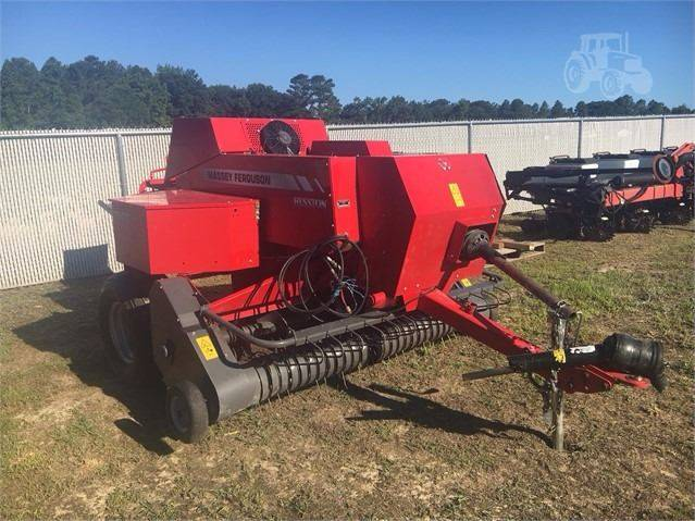 2015 Massey-Ferguson 1840 for sale at Vehicle Network, LLC - Barnes Equipment in Sims NC