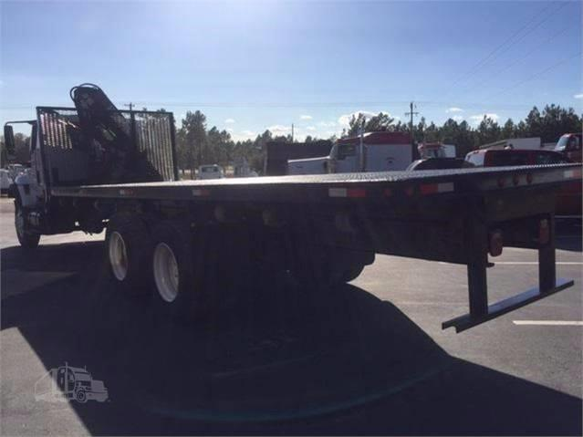 2004 International 7400 for sale at Vehicle Network, LLC - Phelps Truck Sales in Wilmington NC