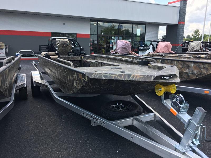 2018 Excel 1860 SW VF4 TGB for sale at Vehicle Network, LLC - Performance East, INC. in Goldsboro NC