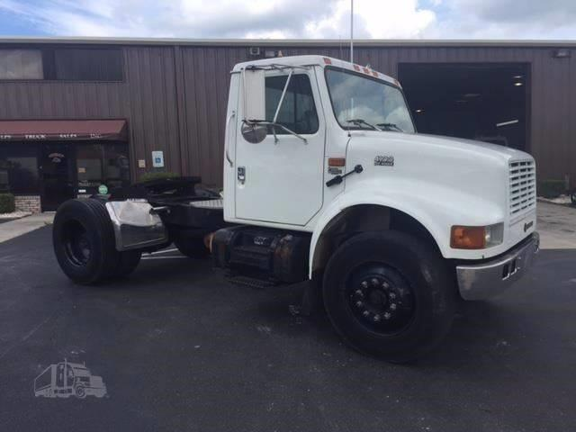 2001 International 4900 for sale at Vehicle Network, LLC - Phelps Truck Sales in Wilmington NC