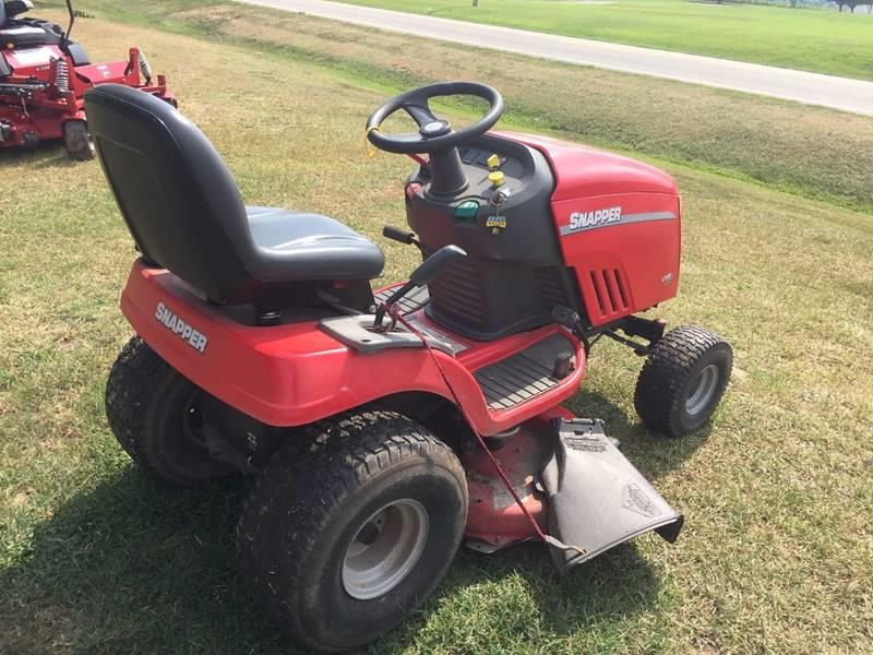 2011 Snapper LT125 for sale at Vehicle Network, LLC - Johnson Farm Service in Sims NC