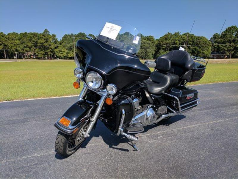 2013 HARLEY DAVIDSON ELECTRA GLIDE for sale at Vehicle Network, LLC - I-95 Muscle in Hope Mills NC