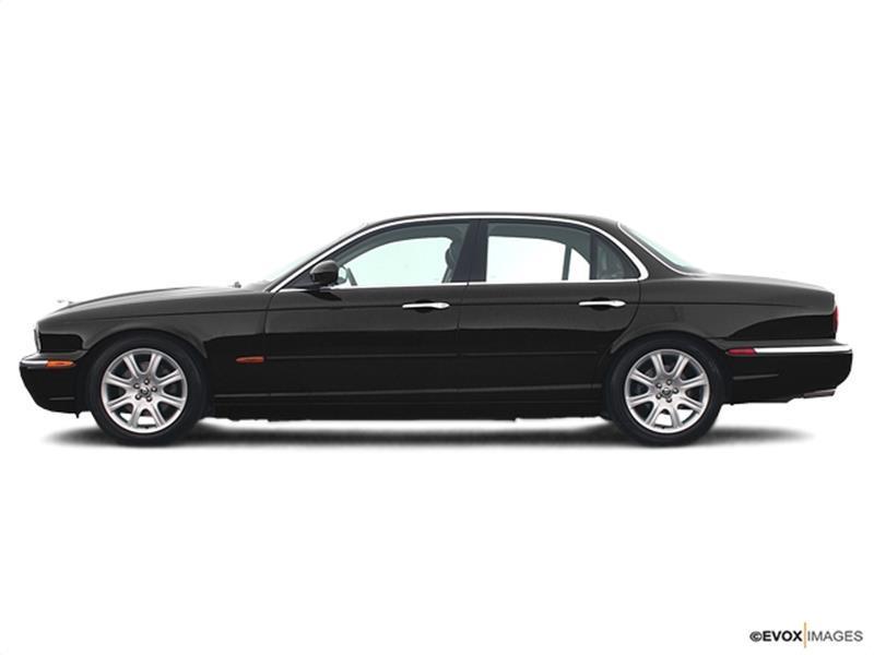 RPMWired.com car search / 2004 Jaguar XJ-