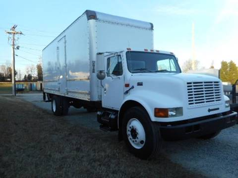 2000 International 4900 for sale in High Point, NC
