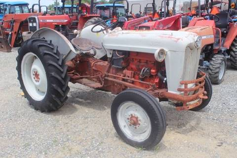 1955 Ford 600 for sale at Vehicle Network - Joe's Tractor Sales in Thomasville NC