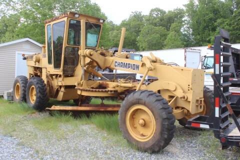 1989 Champion 710 for sale at Vehicle Network - Joe's Tractor Sales in Thomasville NC