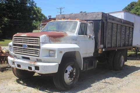 1988 Ford F-700 for sale at Vehicle Network - Joe's Tractor Sales in Thomasville NC