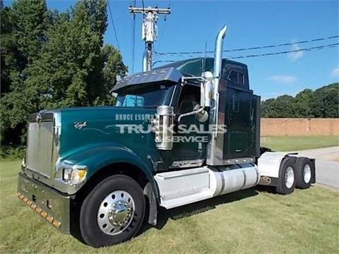 2002 International 9900i for sale at Vehicle Network - Bruce Essick Truck Sales in High Point NC