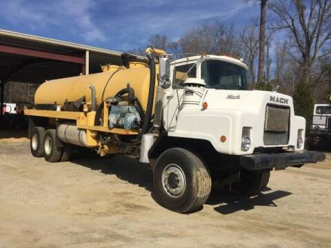 1991 Mack DMM6906S for sale at Vehicle Network - Davenport, Inc. in Plymouth NC