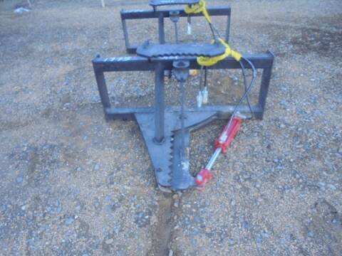 2017 Post Puller Tree and Fence for sale at Vehicle Network - Dick Smith Equipment in Goldsboro NC