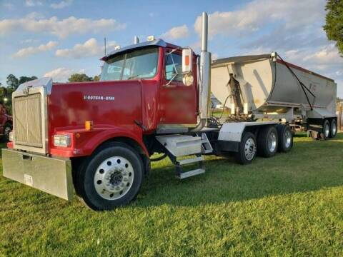 2002 Western Star 4900 for sale at Vehicle Network - Down Home Truck and Equipment in Warsaw VA