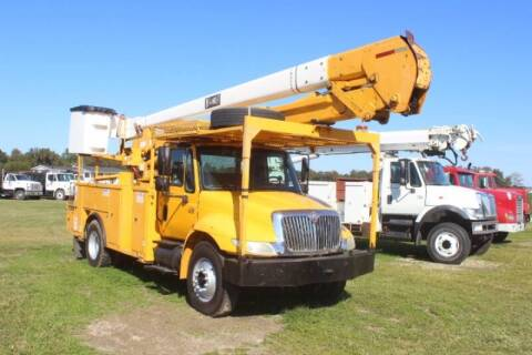 2005 International DuraStar 4300 for sale at Vehicle Network - Fat Daddy's Truck Sales in Goldsboro NC