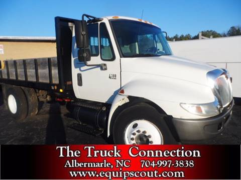 2005 International 4300 for sale at Vehicle Network, LLC - The Truck Connection in Albemarle NC