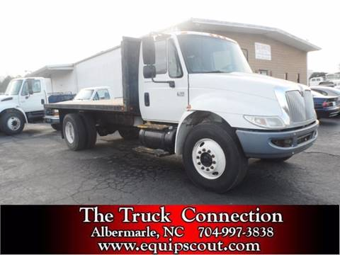 2004 International 4300 for sale at Vehicle Network, LLC - The Truck Connection in Albemarle NC