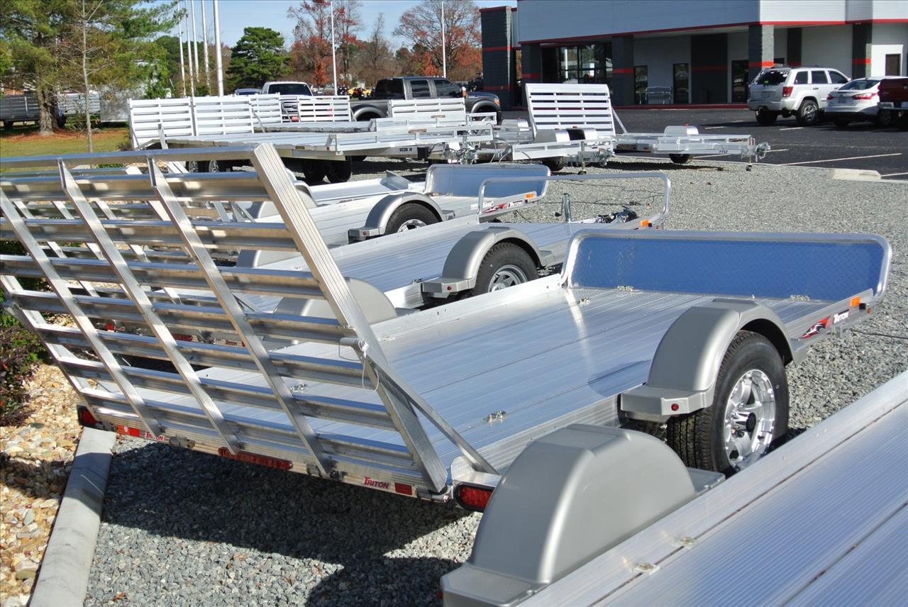2017 Aluma 1020 for sale at Vehicle Network, LLC - Performance East, INC. in Goldsboro NC