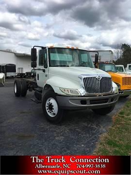 2007 International 4300 for sale in Farm & Heavy Equipment, NC