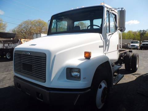 2000 Freightliner FL 70 for sale in Albemarle, NC