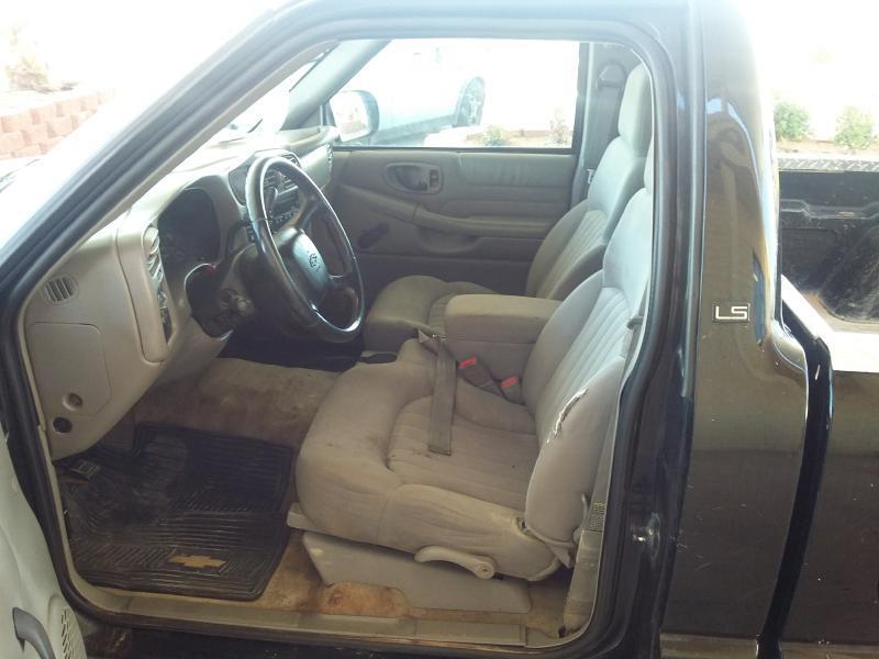2003 Chevrolet S-10 REG CAB - Hurricane UT