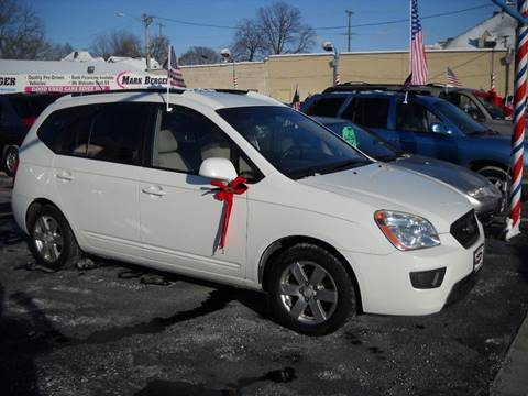 2007 Kia Rondo for sale at Mark Berger Motors Inc in Rockford IL
