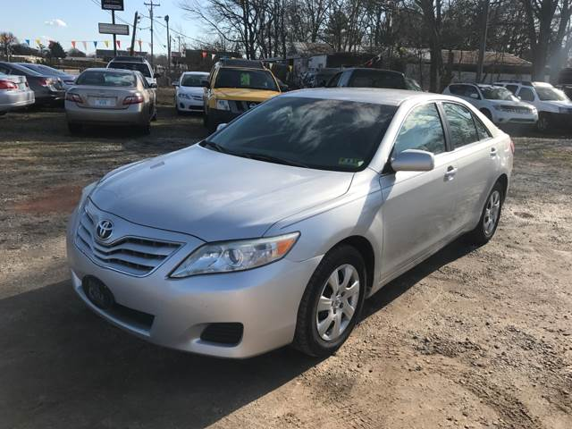 2011 Toyota Camry LE 4dr Sedan 6M - Greenville SC