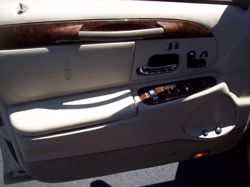 2002 Lincoln Town Car for sale at Allstar Motors, Inc. in St. Louis MO