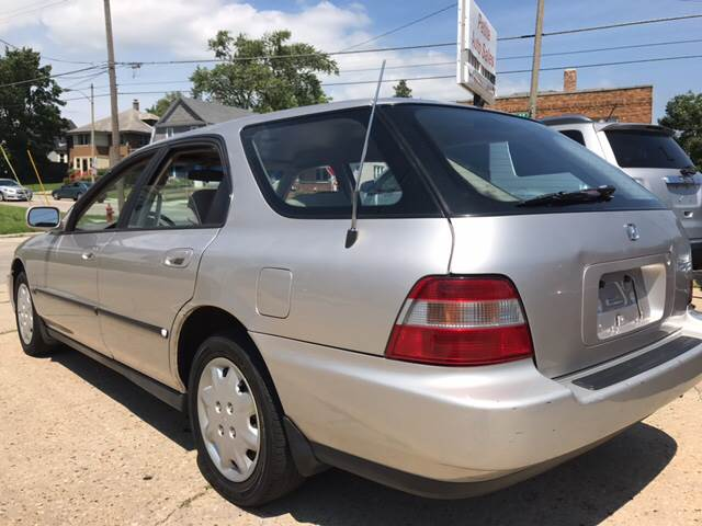 1996 Honda Accord LX 4dr Wagon - Kenosha WI