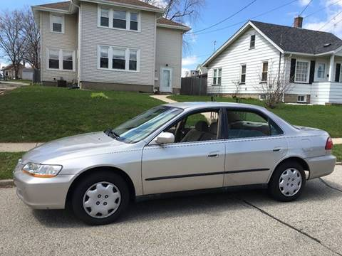 1998 Honda Accord for sale at Petite Auto Sales in Kenosha WI