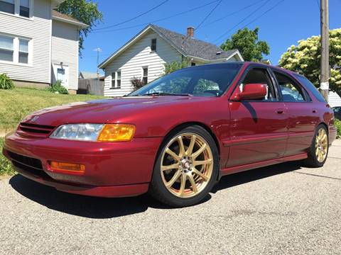 1995 Honda Accord for sale at Petite Auto Sales in Kenosha WI