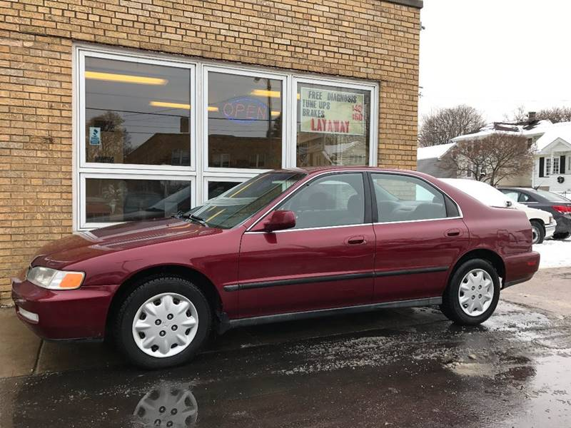 1997 Honda Accord LX 4dr Sedan   Kenosha WI