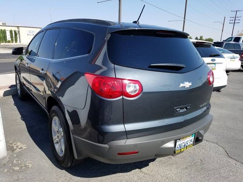 2011 Chevrolet Traverse LT 4dr SUV w/2LT - Victorville CA