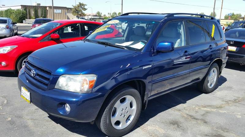 2004 Toyota Highlander Limited 4dr SUV w/3rd Row - Victorville CA