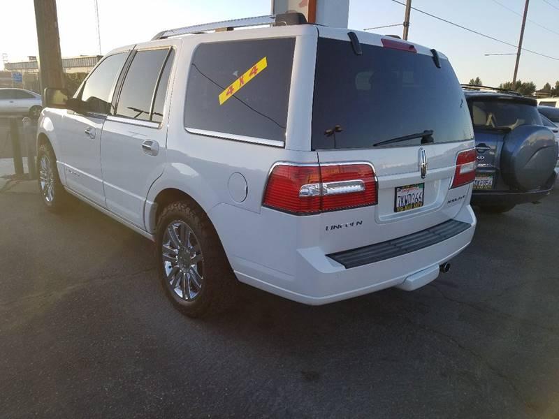 2010 Lincoln Navigator 4x4 4dr SUV - Victorville CA