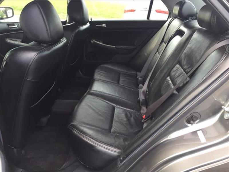 2006 Honda Accord EX 4dr Sedan 5A w/Leather - Richfield NC