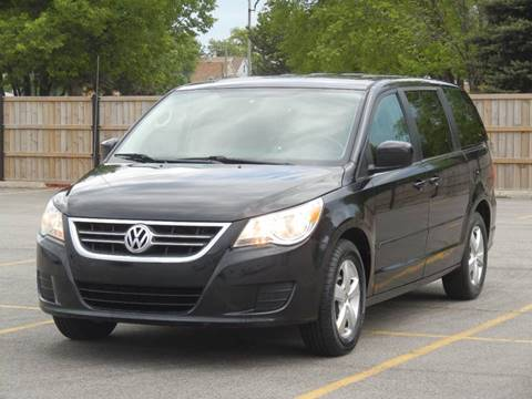 2009 Volkswagen Routan for sale at Moto Zone Inc in Melrose Park IL