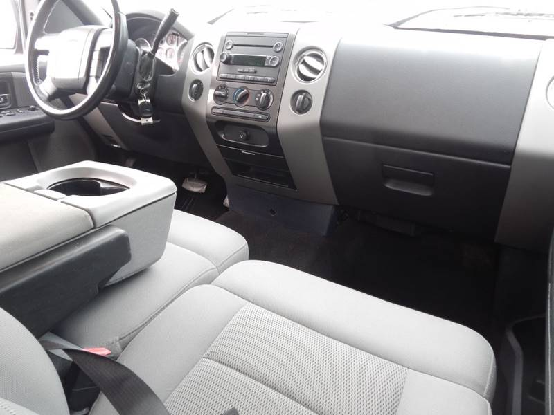 2004 Ford F-150 for sale at Moto Zone Inc in Melrose Park IL