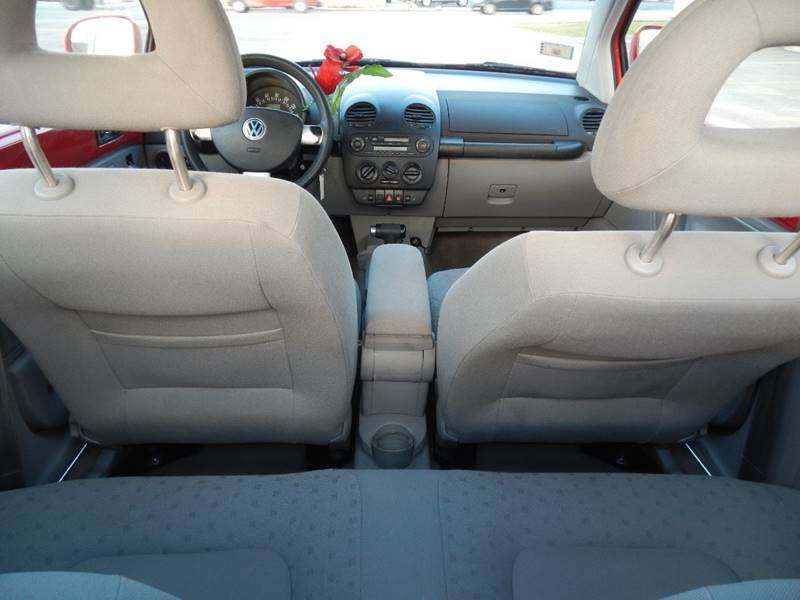2000 Volkswagen New Beetle for sale at Moto Zone Inc in Melrose Park IL