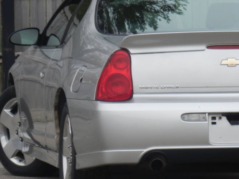 2006 Chevrolet Monte Carlo for sale at Moto Zone Inc in Melrose Park IL