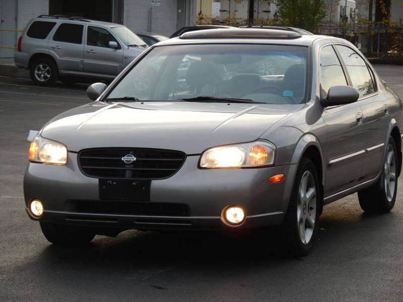 2000 Nissan Maxima for sale at Moto Zone Inc in Melrose Park IL
