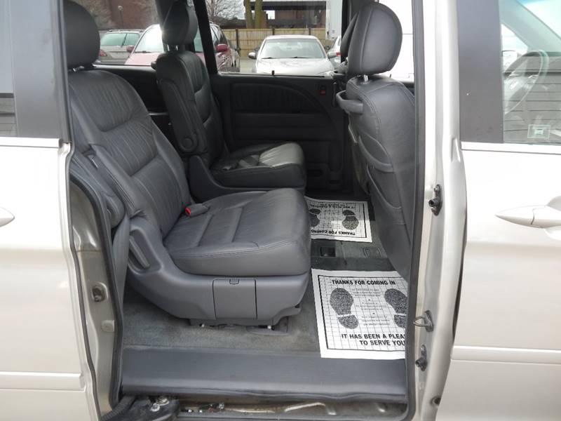 2005 Honda Odyssey for sale at Moto Zone Inc in Melrose Park IL