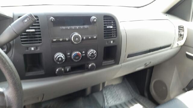 2013 Chevrolet Silverado 1500 4x2 Work Truck 2dr Regular Cab 8 ft. LB - Rantoul IL