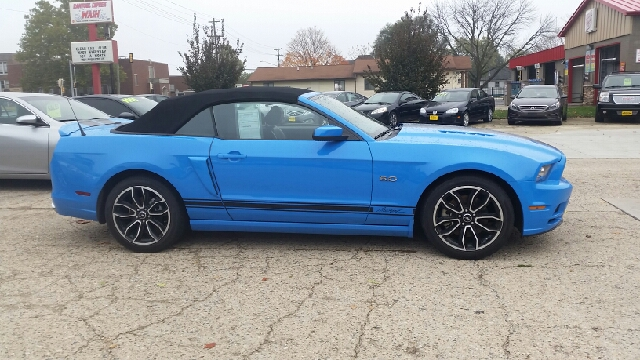 2014 Ford Mustang GT Premium 2dr Convertible - Rantoul IL